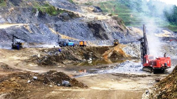 Lào Cai: Apatit Việt Nam bị 'tố lừa dân' chiếm đất làm khai trường mỏ?