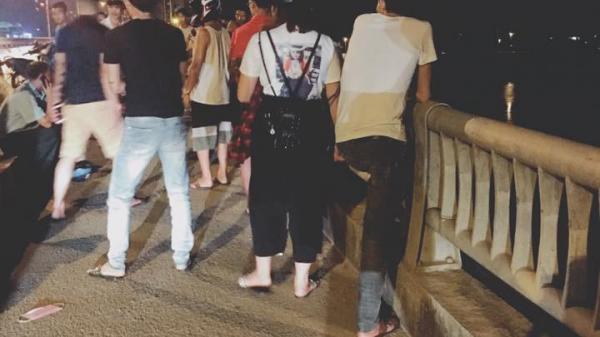 Hòa Bình: Nam thanh niên gào thét chứng kiến bạn gái nhảy cầu tự tử