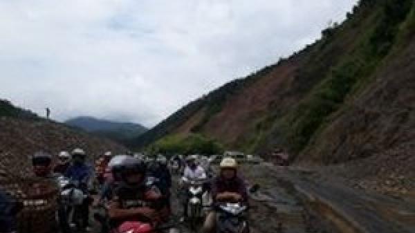 Lai Châu: Xử lý sạt lở tuyến đường quốc lộ 12 đoạn Pa Tần – Chăn Nưa