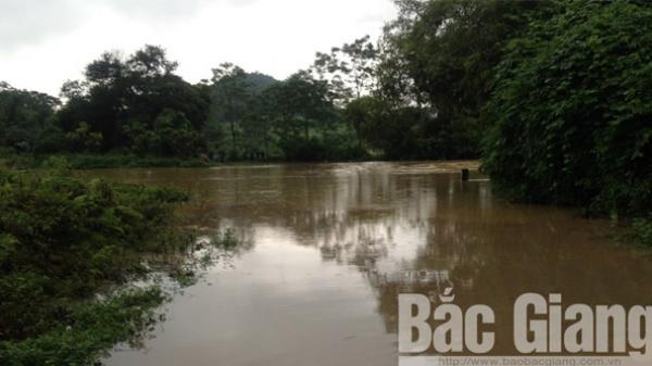 Yên Thế (Bắc Giang) xảy ra mưa lớn, chia cắt cục bộ một số xã