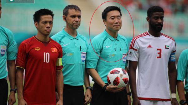 Trọng tài Hàn Quốc bắt trận đấu U23 Việt Nam có nguy cơ mất nghiệp