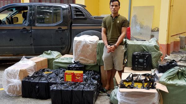 NÓNG: Tài xế Bắc Giang chở 600kg pháo lậu vứt xe bỏ chạy khi gặp cảnh sát
