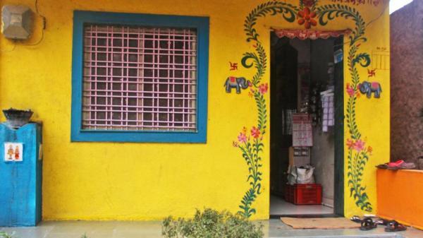 Bât ngờ trước ngôi làng kỳ lạ: Tất cả các ngôi nhà đều không lắp cửa, đến cả ngân hàng cũng không cần ổ khóa