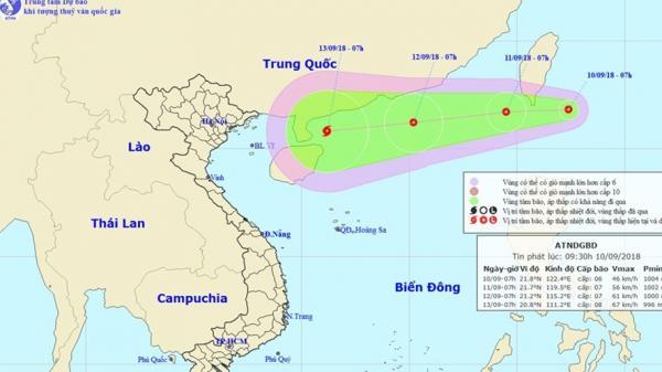"""Siêu bão Mangkhut """"chồng"""" áp thấp nhiệt đới, thời tiết xấu đe dọa lũ lụt, sạt lở đất trong tuần tới"""