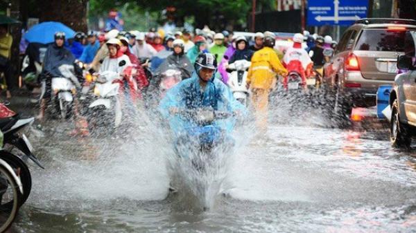 Bão số 5 gây mưa lớn ở Bắc Bộ, siêu bão Mangkhut giật trên cấp 17, tiến nhanh vào biển Đông