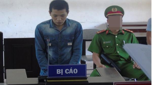 Bị gọi điện nhiều gây gián đoạn việc chơi game, thanh niên Bắc Giang dùng dao đâm trọng thương bạn