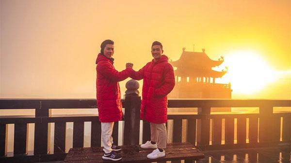 2 hoàng tử xiếc Việt rủ nhau chinh phục 'Nóc nhà Đông Dương', nhưng không phải leo núi mà là…