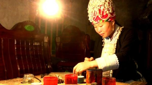 Lào Cai: Nghề làm bạc Tiên nữ dưới chân đỉnh Ki Quan San
