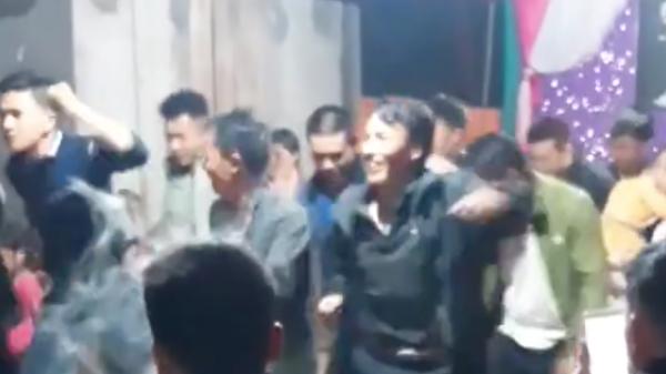 Quẩy đám cưới siêu xịn ở Lào Cai: Quan viên hai họ nhảy disco cực chất trong nền nhạc Boney M huyền thoại