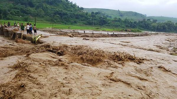 Lũ quét ở Lào Cai, 1 người mất tích