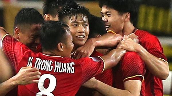 Hạ Philippines, Việt Nam đặt một chân vào chung kết