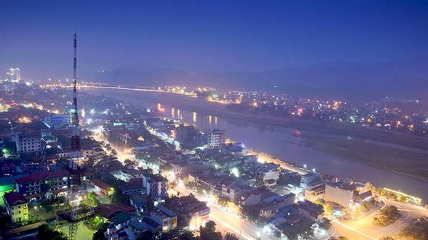 Thành phố Lào Cai: Tiếp nhận đăng ký kinh doanh trong không gian phố đi bộ