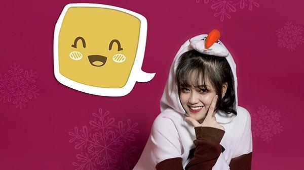 'Hot girl Lào Cai' Khánh Linh nhí nhố trong bộ ảnh đón Giáng sinh