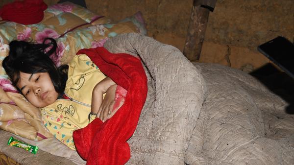 Lào Cai: Em bé người Hà Nhì đang cần giúp đỡ