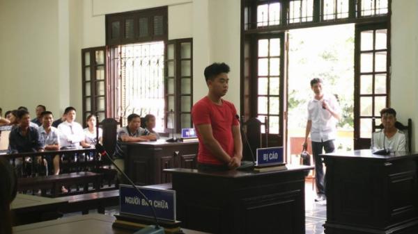 Đ.âm 6 nhát c.hết người, TAND tỉnh Lào Cai tuyên phạt bị cáo 18 tháng t.ù treo?
