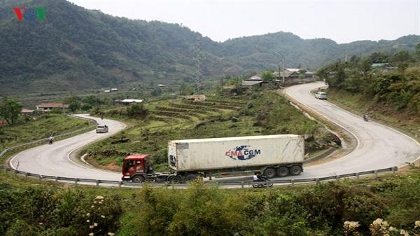 Cấm xe tải 3 – 4 trục trở lên lưu thông qua QL 4D