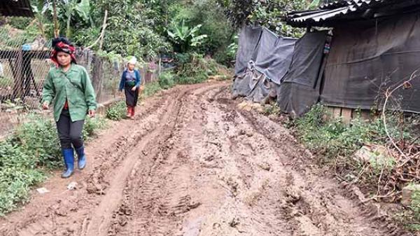 Gian nan đường về bản Buôm Khoang, Sơn La