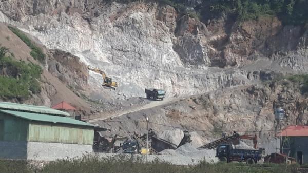 """Sơn La: Ngang nhiên """"đ.ục k.hoét"""" khoáng sản ở Thị trấn Nông Trường Mộc Châu"""