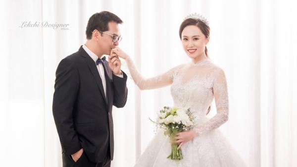 Ngắm bộ ảnh cưới tuyệt đẹp của NSND Trung Hiếu và cô dâu xinh đẹp quê Sơn La kém 19 tuổi