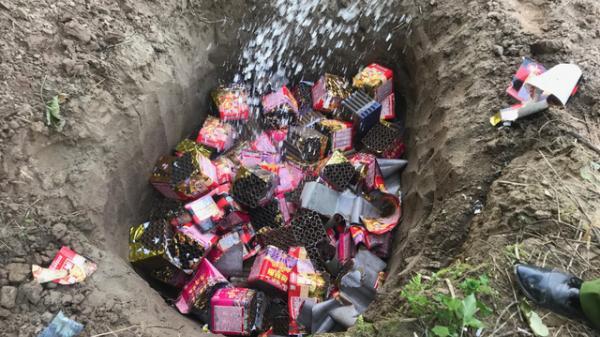 Lào Cai: Tiêu hủy hơn 200 pha'o hoa và pha'o n.ổ