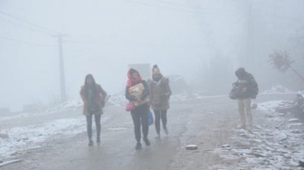 Không khí lạnh bao trùm miền Bắc, Sơn La rét tê tái dưới 8,2 độ C