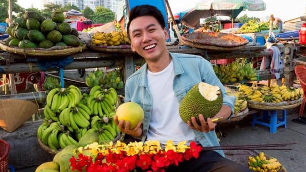 """Khoai Lang Thang - chàng vlogger Bến Tre được lòng cư dân mạng vì nụ cười """"không phải nắng mà vẫn chói chang"""""""