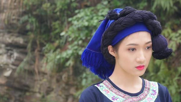 Tiết lộ thú vị về chuyện tình đẹp với cô gái Hà Nhì trong phim 'Bên dòng Păng Pơi'