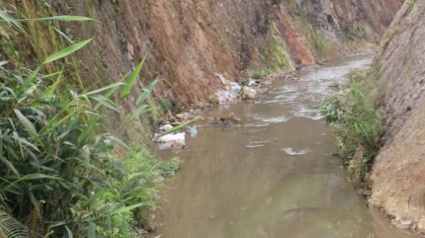Lào Cai: Nhà máy chế biến nông sản ngang nhiên x.ả thải trực tiếp ra môi trường