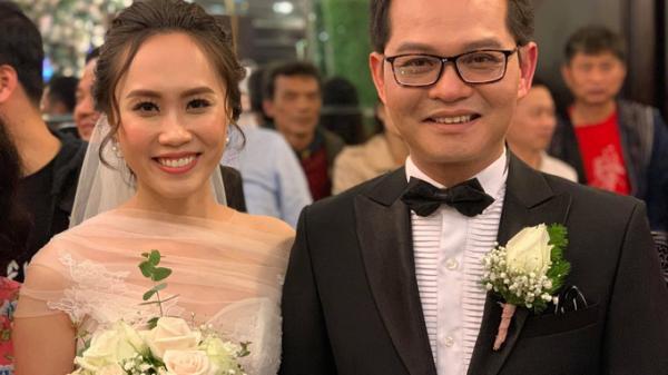 NSND Trung Hiếu tiếp tục tổ chức đám cưới lần 2 với bà xã kém 19 tuổi quê Sơn La