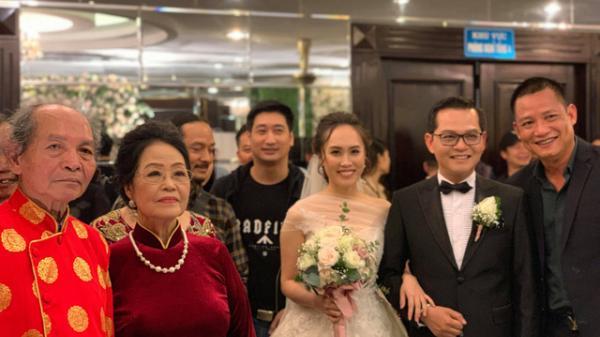 """CLIP: Tự Long khiến Trung Hiếu """"bối rối"""" trong đám cưới với vợ quê Sơn La kém 19 tuổi"""