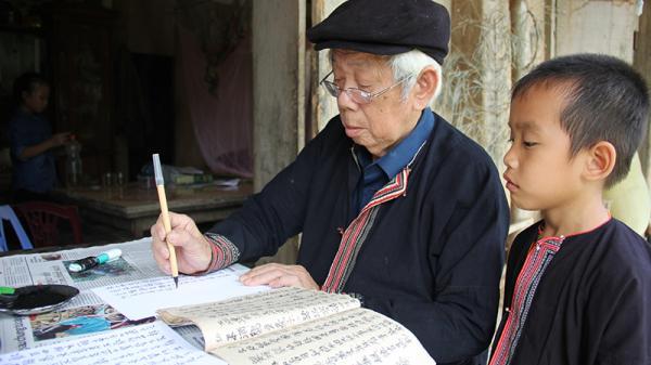"""Lào Cai có 10 nghệ nhân được Chủ tịch nước phong tặng danh hiệu """"Nghệ nhân Ưu tú"""""""