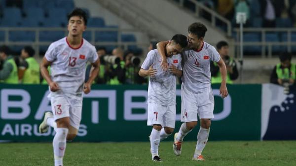 U23 Việt Nam 1-0 Indonesia: Việt Hưng trở thành người hùng, U23 Việt Nam giành chiến thắng ngh.ẹt thở