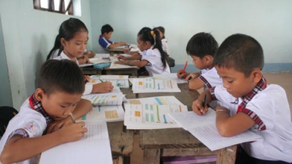 Cà Mau: Yêu cầu Phòng GD&ĐT huyện Thới Bình báo cáo vụ GV biệt phái bị cắt phụ cấp