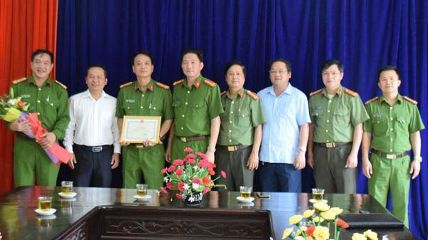 Khen thưởng đột xuất Công an huyện Bắc Hà