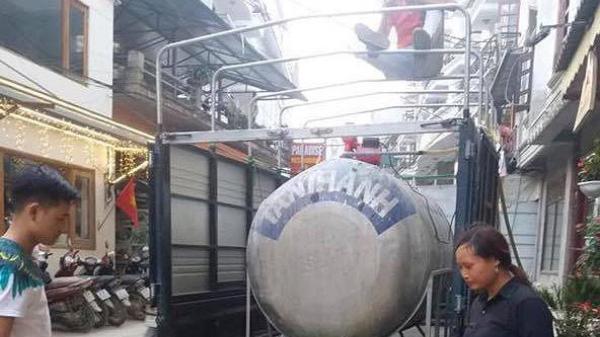 Sa Pa (Lào Cai) hỗ trợ người dân trên 500 triệu đồng để lấy nước phục vụ dịp lễ 30/4