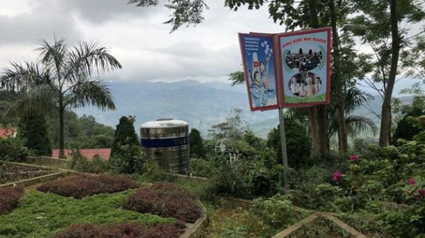 Bắc Hà (Lào Cai) biến sân trường thành công viên để giữ chân học sinh vùng cao