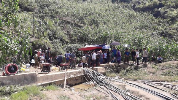 Lào Cai: Cận cảnh hiện trường giải cứu một người dân bị mắc kẹt trong hang đá đã 5 ngày