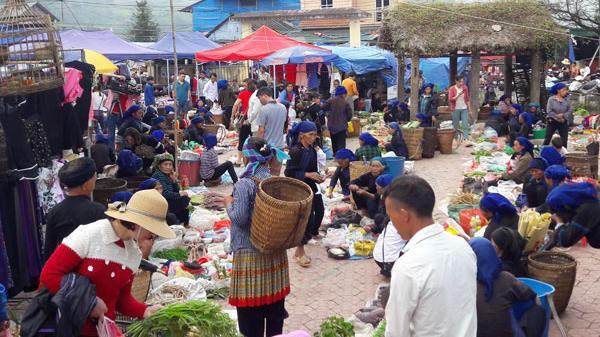 Y Tý (Lào Cai) nhộn nhịp trước Lễ hội mùa Thu 2019