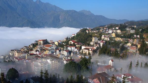 UBTVQH xem xét, quyết định thành lập thị xã Sa Pa, tỉnh Lào Cai