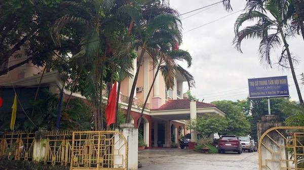"""Trộ m vào Nhà khách UBND tỉnh Lào Cai, """"nẫng"""" nhiều tiền và hiện vật"""