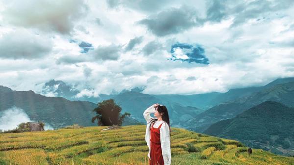 Bộ ảnh du lịch Y Tý (Lào Cai) vào mùa lúa chín của bà mẹ một con được dân tình khen nức nở, nhiều người còn lầm tưởng là ảnh ghép!