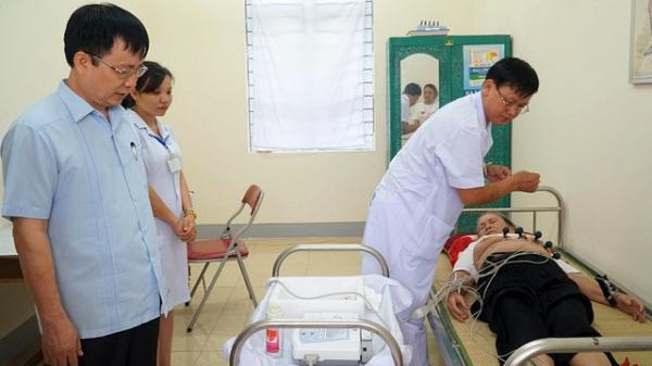 Bác sĩ Lào Cai cứu sống bệnh nhân trong gang tấc dù không chạm mặt