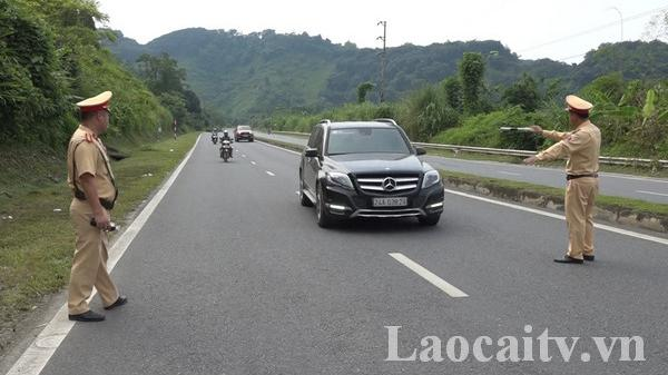 Tăng cường công tác kiểm tra, xử lý giao thông trên các tuyến quốc lộ ở Lào Cai