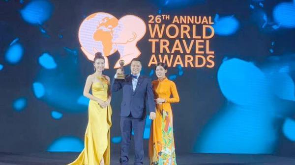 """Fansipan legend (Lào Cai) nhận giải thưởng """"Điểm đến du lịch hấp dẫn hàng đầu Việt Nam năm 2019"""""""