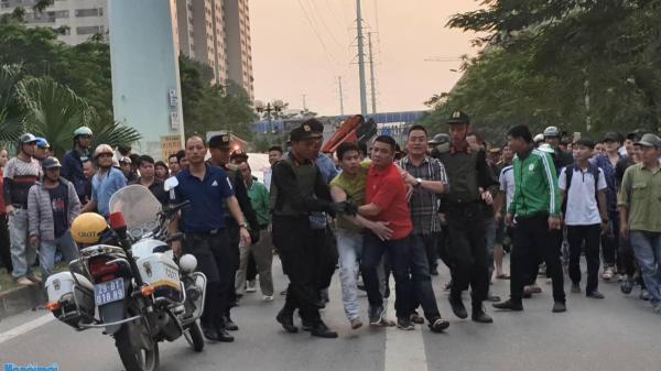 Lập hồ sơ xử lý nam thanh niên Lào Cai dùng ma túy tổng hợp rồi leo cột điện cao thế