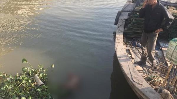 Phát hiện cháu bé nổi trên mặt nước nghi là nạn nhân trong vụ mẹ ôm con lên cầu nhảy xuống