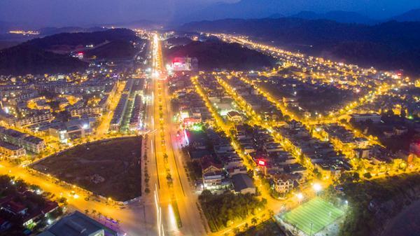Tuyển chọn khoảng 300 bức ảnh đẹp về Lào Cai để tuyên truyền chào mừng đại hội Đảng