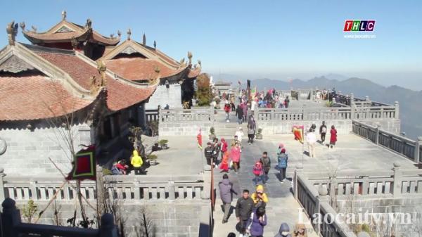 Trên 4,4 triệu lượt khách du lịch đến Lào Cai trong 10 tháng