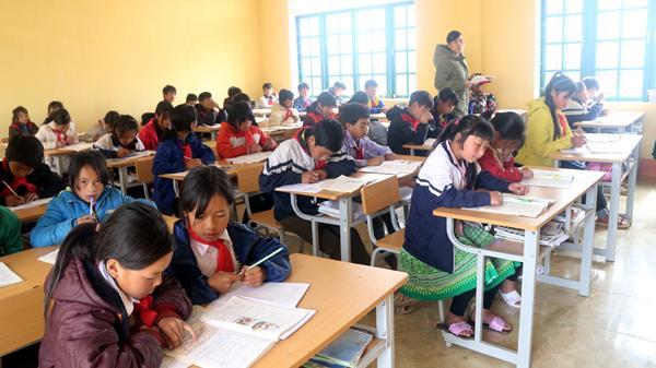 Lào Cai công nhận thêm 14 trường học đạt chuẩn quốc gia