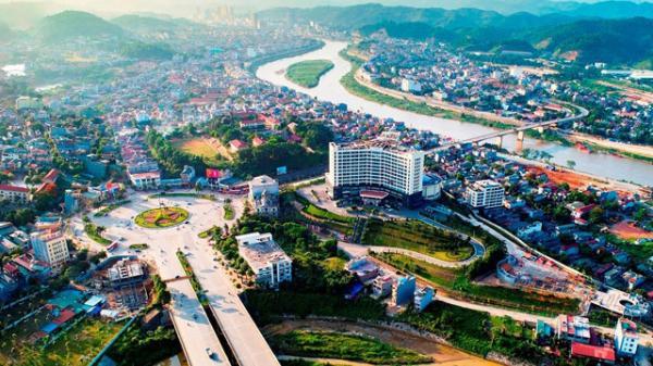 Thành phố Lào Cai: Năm thứ hai liên tiếp là đô thị xanh - sạch - đẹp